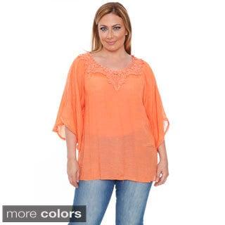White Mark Women's Plus Size 'Anabel' Crochet Bell Sleeve Blouse