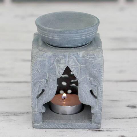 Handmade Agra Elephants Soapstone Oil Warmer (India)