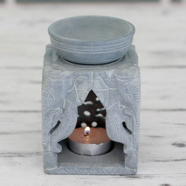 Handmade Soapstone 'Agra Elephants' Oil Warmer (India)