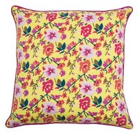 Rizzy Home Laura Fair Yellow Floral 20-inch Decorative Throw Pillow