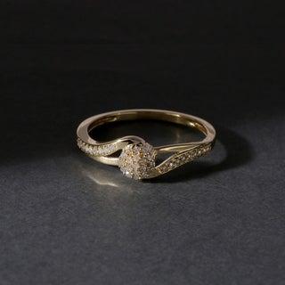 De Couer 10k Gold 1/8ct TDW Diamond Cluster Fashion Ring