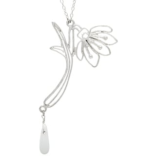 Handmade Silvertone Long Flower Necklace (India)