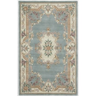Hand-tufted Solid Green Accent Rug (2' x 4')