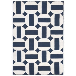 Stripe In Circle Outdoor Rug (7'6 x 9'6)