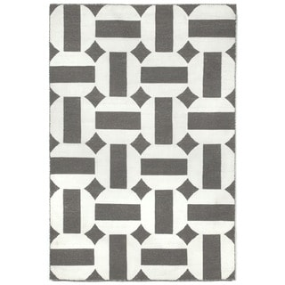 Stripe In Circle Outdoor Rug (5' x 7'6)