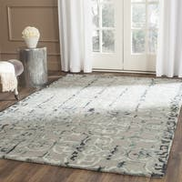 Safavieh Handmade Dip Dye Watercolor Vintage Grey/ Charcoal Wool Rug - 8' x 10'
