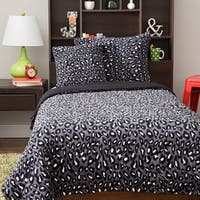 Plush Cheetah 4-piece Comforter Set