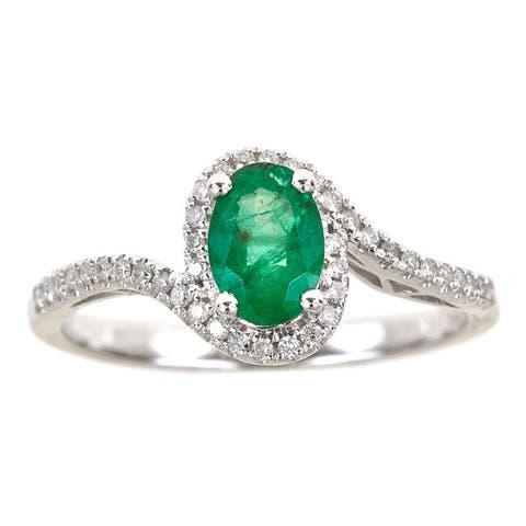 Anika and August 14k White Gold 1/6ct TDW Diamond and Oval-cut Emerald Ring (G-H, I1-I2)