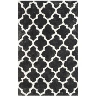 Safavieh Handmade Barcelona Shag Graphite Grey/ White Trellis Polyester Rug (5' x 8')