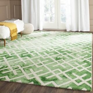 Safavieh Handmade Dip Dye Watercolor Vintage Green/ Ivory Wool Rug (7' Square)