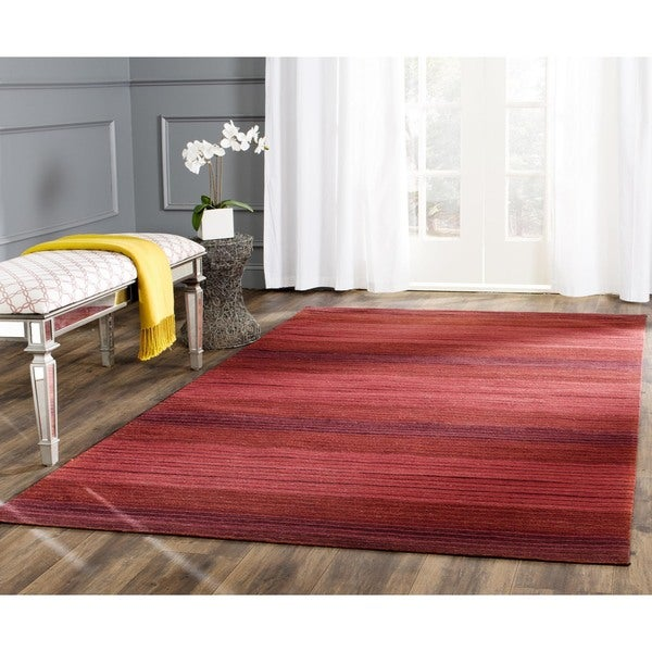 Safavieh Hand-woven Marbella Red Wool Rug (6' x 9')
