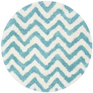 Safavieh Handmade Barcelona Shag White/ Blue Chevron Polyester Rug (5' Round)