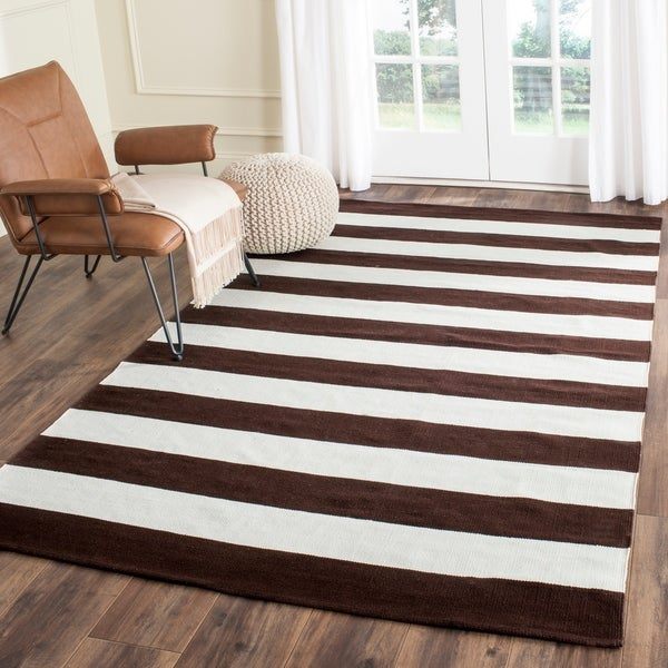 Safavieh Hand-woven Montauk Chocolate/ Ivory Cotton Rug - 8' x 10'