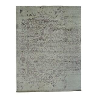 Hand-knotted Wool/ Silk Tabriz Oriental Rug (9'1 x 12')