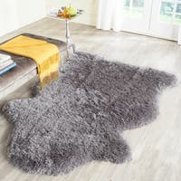 Safavieh Handmade Arctic Shag Grey Hide Shaped Polyester Rug - 4' x 6'