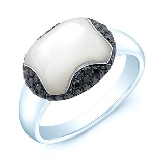 Estie G 18k White Gold Mother of Pearl and 3/8ct TDW Black Diamond Ring (Size 7)