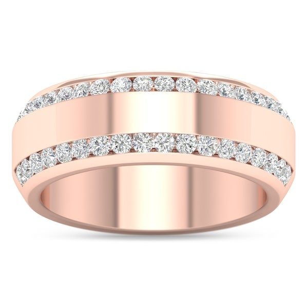 De Couer IGI Certified 14k Rose Gold 7/8ct TDW Diamond Men's Exquisite Wedding Band - Pink. Opens flyout.