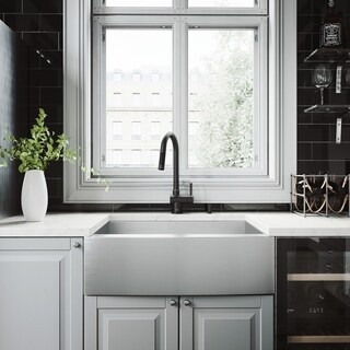 VIGO All-In-One 30 Camden Stainless Steel Farmhouse Kitchen Sink Set With Gramercy Faucet In Matte Black