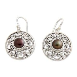 Sterling Silver 'Deepest Beauty' Pearl Earrings (9 mm) (Indonesia)