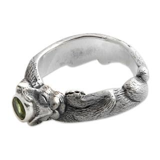 Handmade Men's Sterling Silver 'Dreams of a Cat' Peridot Ring (Indonesia)|https://ak1.ostkcdn.com/images/products/10287722/P17402528.jpg?impolicy=medium