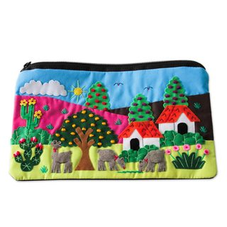 Handcrafted Cotton Applique 'Country Scene' Cosmetic Bag (Peru)