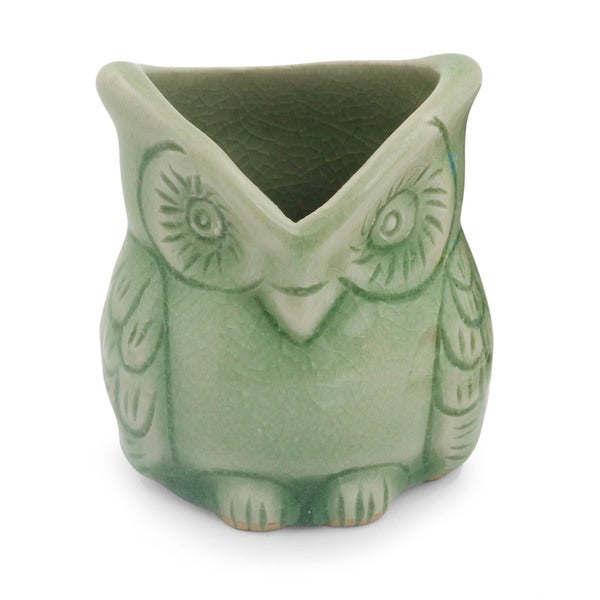 Handmade Ceramic 'Happy Green Owl' Celadon Toothpick Holder (Thailand)