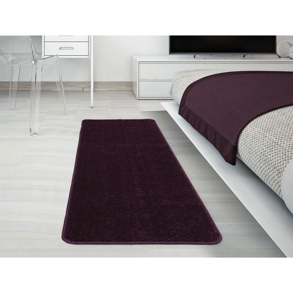 Ottomanson Softy Collection Purple Solid Bathroom Rug (1'8 x 4'11)