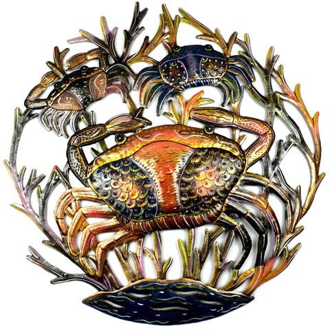 Handmade 24-inch Painted Crabs Metal Wall Art (Haiti)
