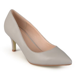 Journee Collection Women's 'Florian-M' Pointed Toe Classic Matte Pumps