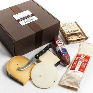 igourmet Executive Collection of Salami and Cheese in Gift Box