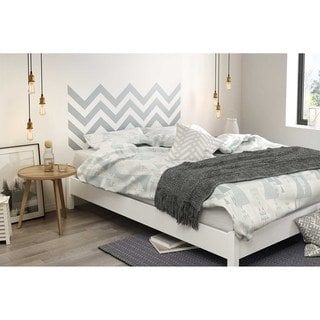 South Shore Step One Queen Platform Bed on Legs with Gray Chevron Headboard Ottograff Wall Decal