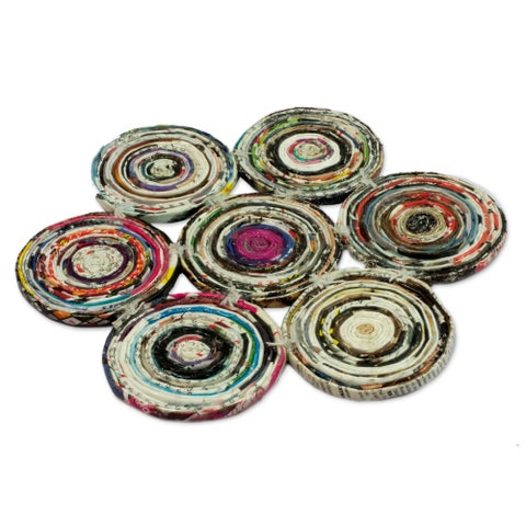 Handmade Set of 2 Recycled Paper 'Floral Spin' Hot Pads (Guatemala)