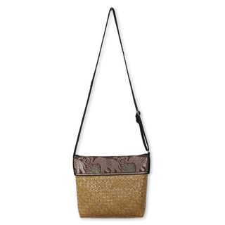 Natural Fiber 'Brown Hill Tribe Elephants' Shoulder Bag (Thailand)