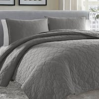 The Gray Barn Rankin Moroccan Medallion 3-Piece Gunmetal Grey Quilt Set