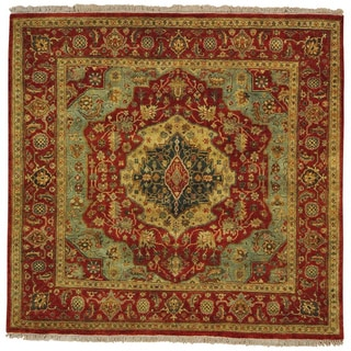Hand-knotted Square Antiqued Serapi Heriz Oriental Rug (5'10 x 6')