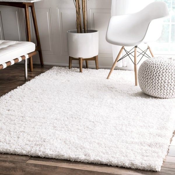 NuLOOM Alexa My Soft And Plush Solid White Shag Rug (3'2 X