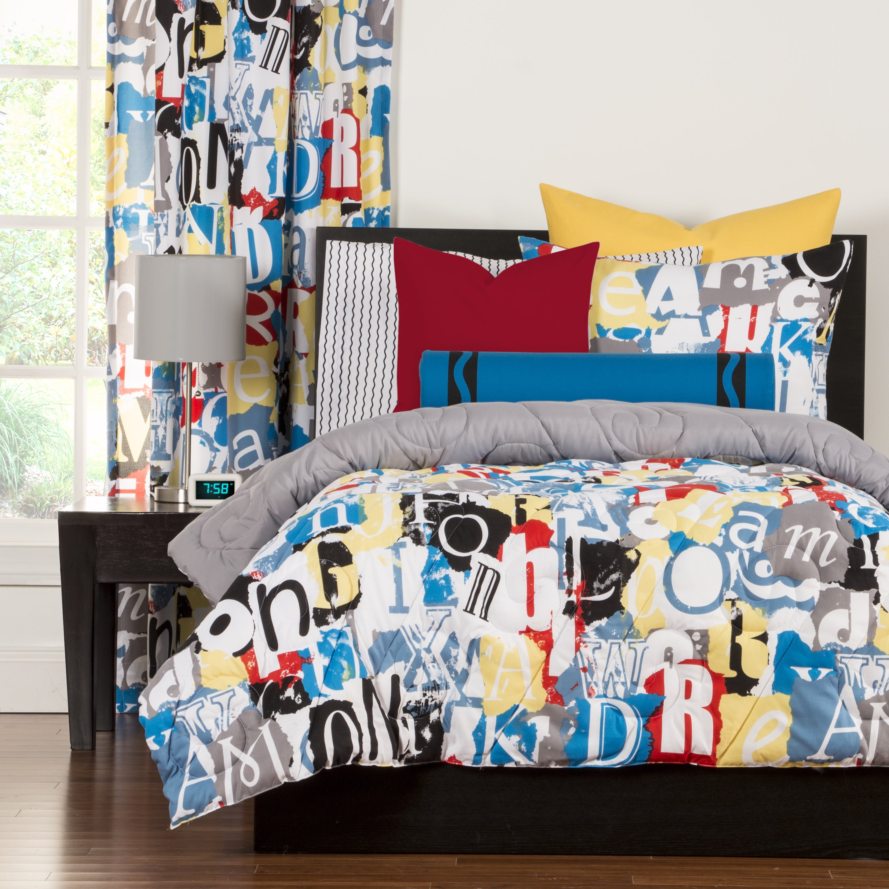 Graphic forter Sets For Less