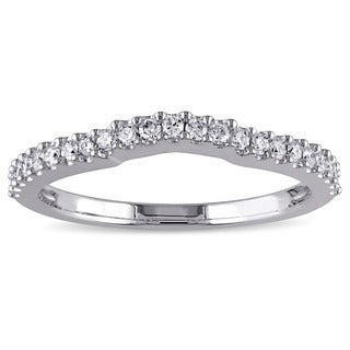 Miadora 14k White Gold 1/4ct TDW Diamond Contour Wedding Band (G-H, VS1-VS2)