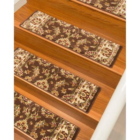 "Handcrafted Sydney Carpet Chocolate Stair Treads (Set of 13) - 13PC (9"" x 29"")"