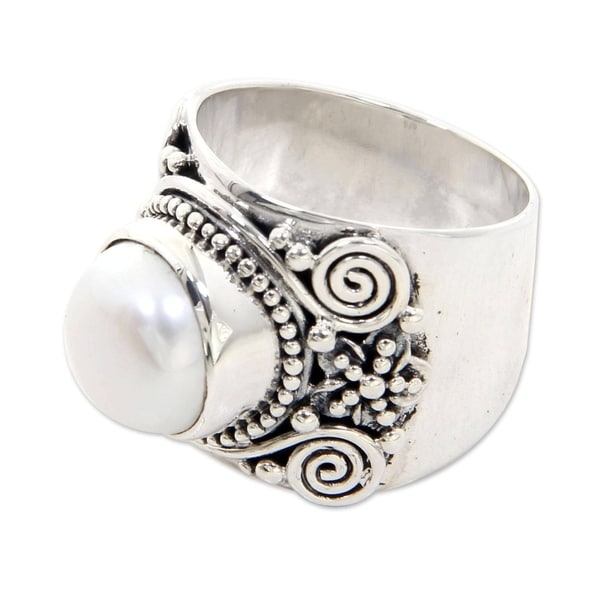 White Frangipani Traditional Balinese Design White Freshwater Pearl and 925 Sterling Silver Womens C