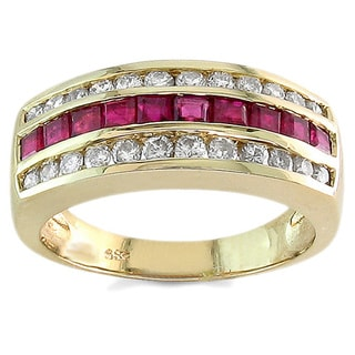 Kabella 14k Yellow Gold 2/5ct TDW Diamond Ruby Band Ring (I-J, SI2-I1) (Size 7)
