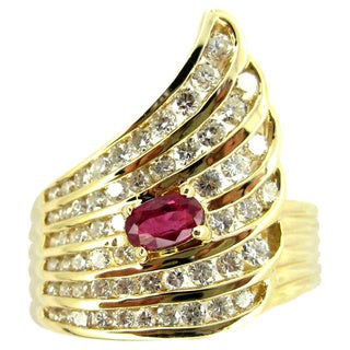 Kabella 14k Yellow Gold 1ct TDW Diamond and Ruby Ring (G-H, SI2-I1) (Size 6.25)