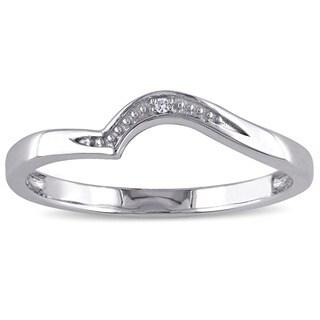 Miadora 10k White Gold Diamond Accent wedding band - White G-H
