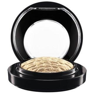 MAC Lightness of Being Mineralize Eyeshadow