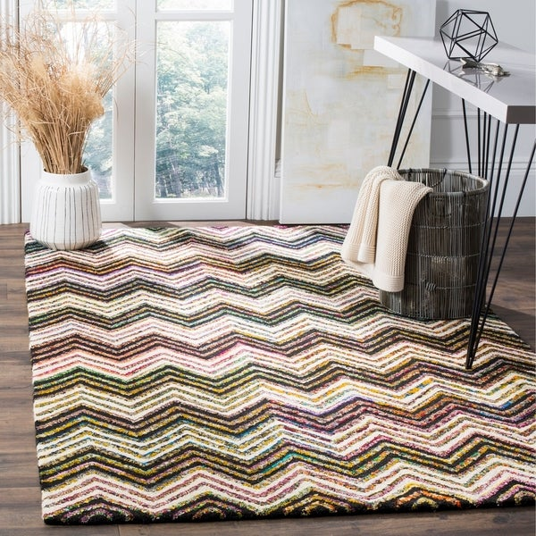 Safavieh Handmade Nantucket Abstract Chevron Ivory/ Black Cotton Rug - 5' x 8'