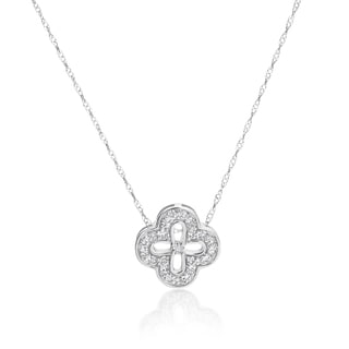 SummerRose 14k White Gold 1/5ct TDW Diamond Flower Pendant (H-I, SI1-SI2)