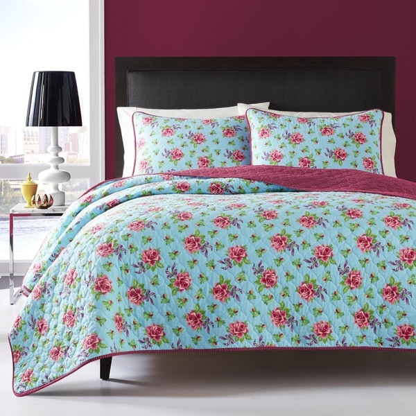 Betsey Johnson Bow Floral 3 Piece Quilt Set Free