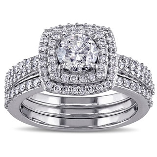 Miadora Signature Collection 10k White Gold 1 1/2ct TDW Diamond Halo Bridal Ring Set