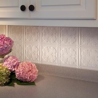 Fasade Traditional Style #10 Matte White 18-square Foot Backsplash Kit