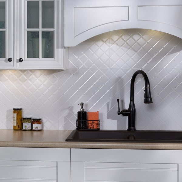 fasade quilted gloss white 18 square foot backsplash kit free